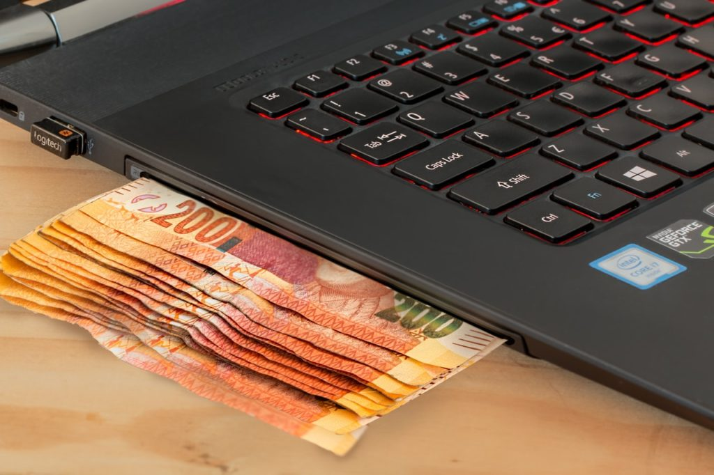 5 easy ways to earn online money in Pakistan